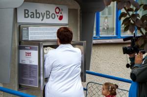 Test babyboxu s panenkou